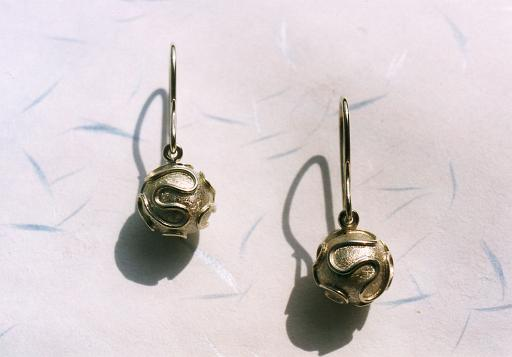 White gold earrings