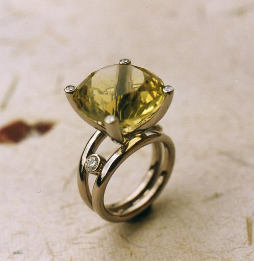 Lemon citrin ring